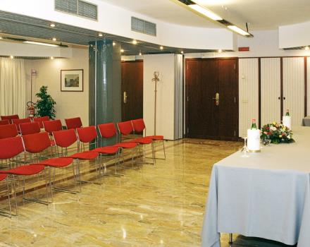 Check out the conference room at the Best Western Hotel Paradiso and organize your event in Naples