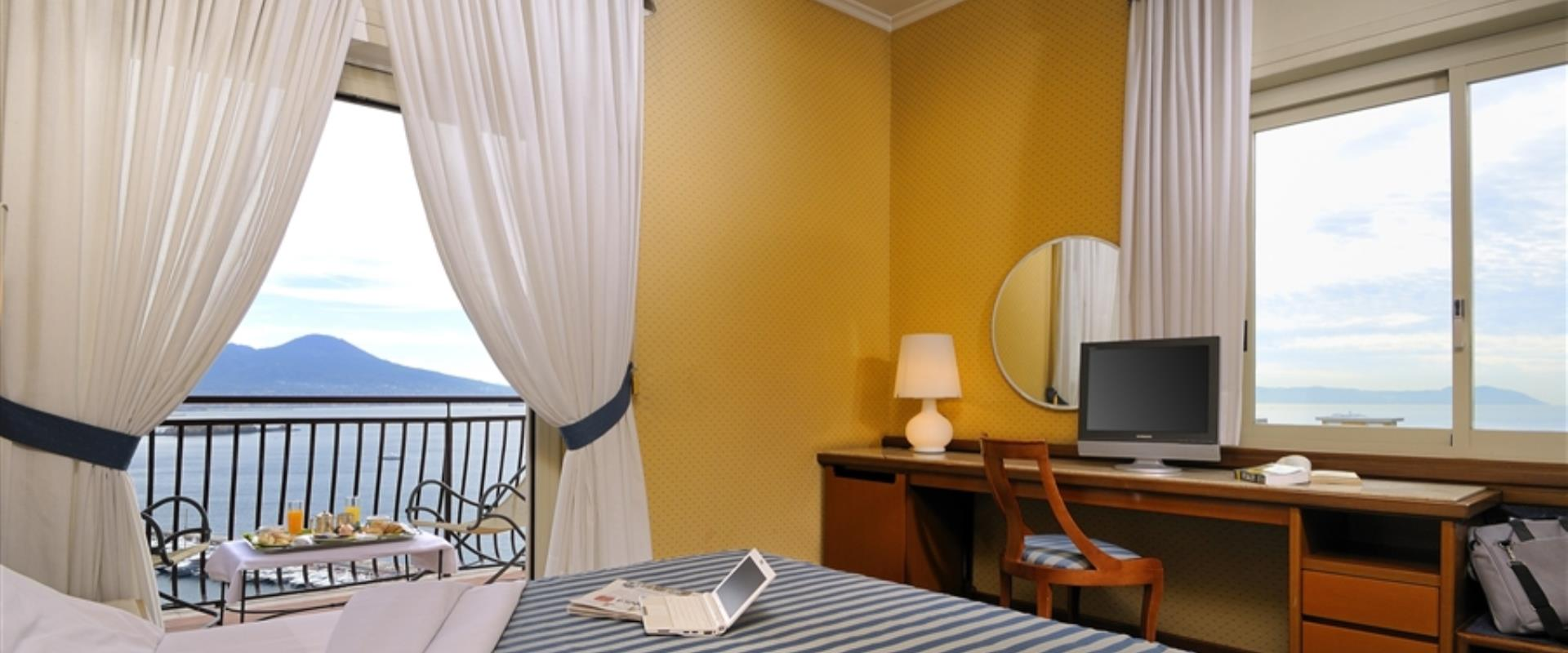 Book/reserve a room in Napoli, stay at the BW Signature Collection Hotel Paradiso