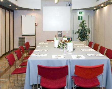 You have to organize an event you're looking for a meeting room in Naples? Discover the Best Western Hotel Paradiso 4-star