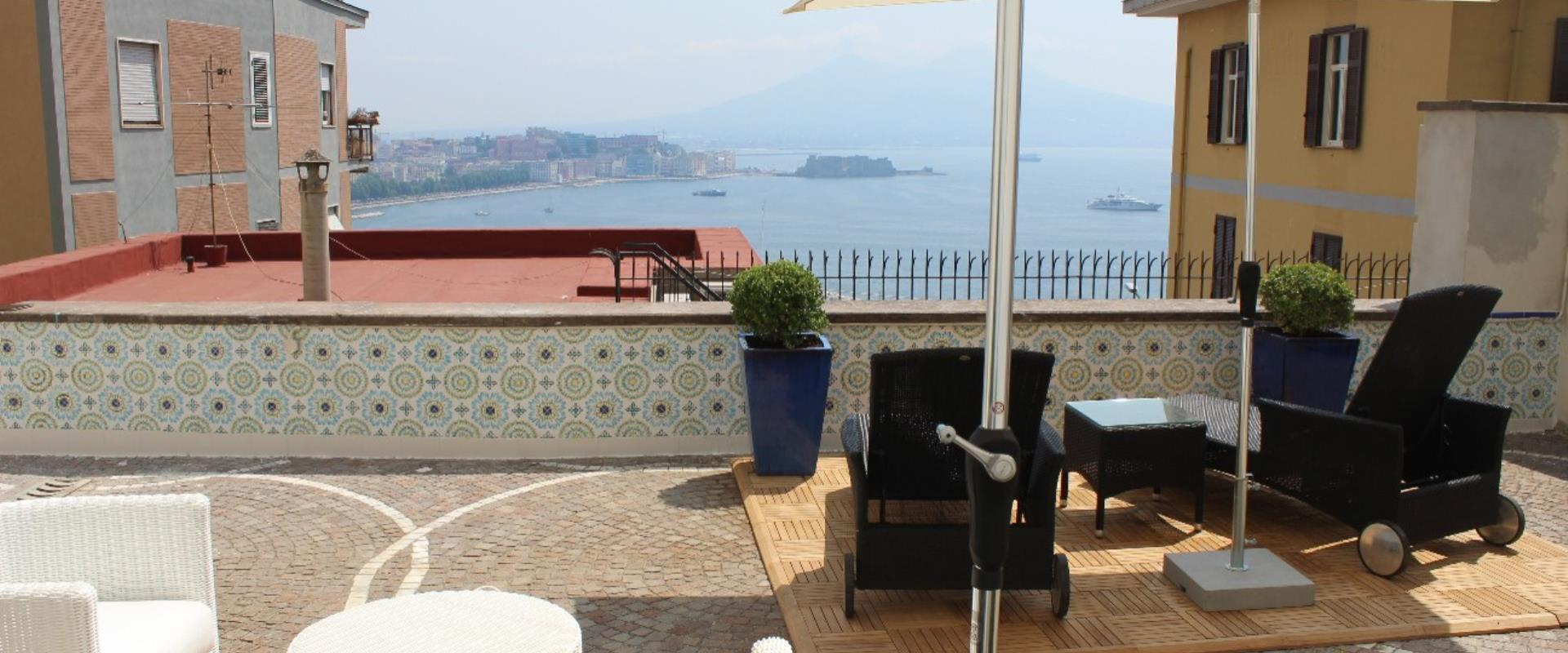 Discover the wonderful view over the Gulf of Naples that you can admire from the Hotel Paradise!