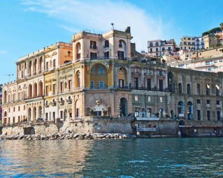 Scopri Posillipo con le escursioni del Gaiola Point, partner dell''Hotel Paradiso!
