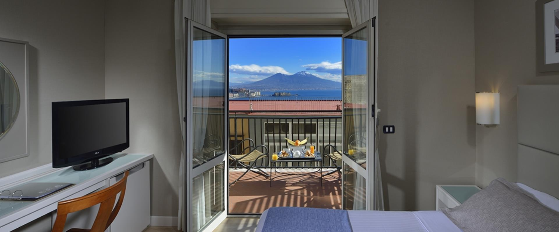 Double or 2 single beds with balcony, from which you can admire the breathtaking view of the Gulf of Naples